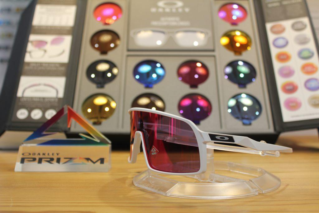 Gafas deportivas Oakley para ciclismo estilo retro